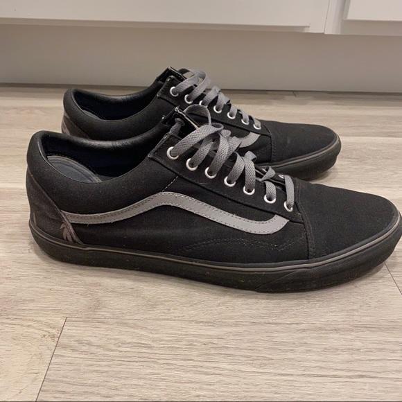 Vans Shoes   Old Skool Customs Size 15